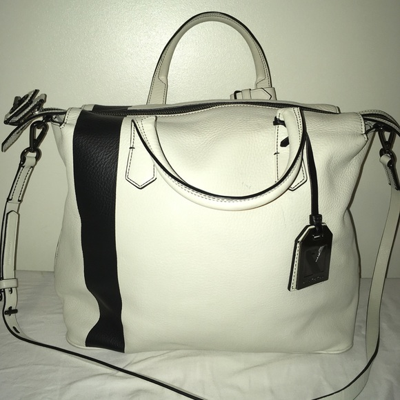 adfe6faf4f Reed Krakoff Gym Bag Pebbled Leather Ivory Stripe.  M 5af4eb8f2ae12f638b757d4e